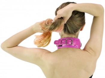 Bondage Halsband gepolstert und abschließbar pink