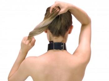 40 mm breites BDSM Halsband mit Ring der O schwarz