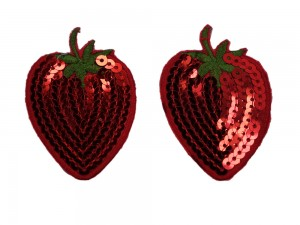 Nippelschmuck in Erdbeer-Optik