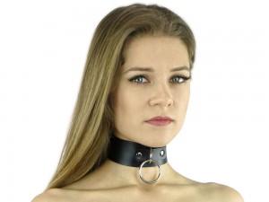 Bondage und SM Halsband mit O-Ring