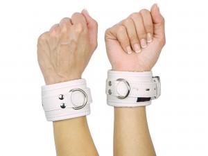 Handfesseln gepolstert und abschließbar weiß