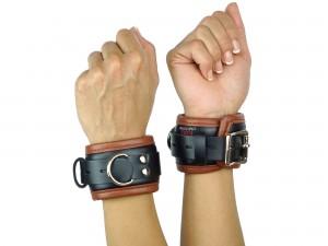 Handfesseln gepolstert und abschließbar schwarz-braun
