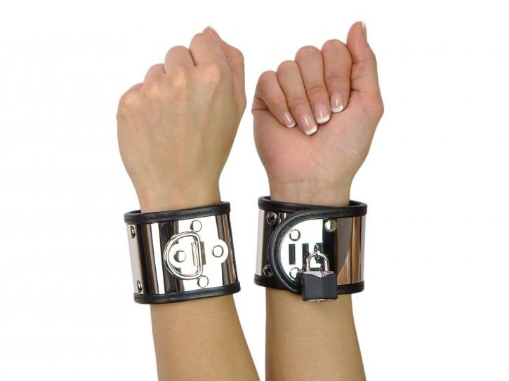 Edelstahl Handfesseln mit D-Ring