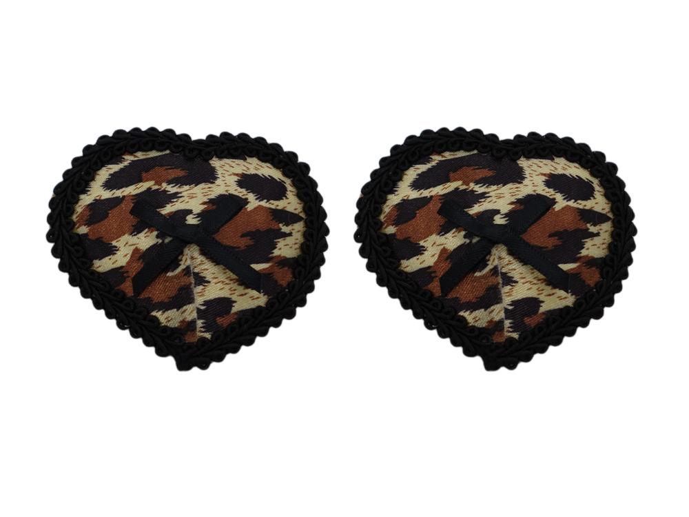 Herzförmiger Nippelschmuck in Leopard-Optik