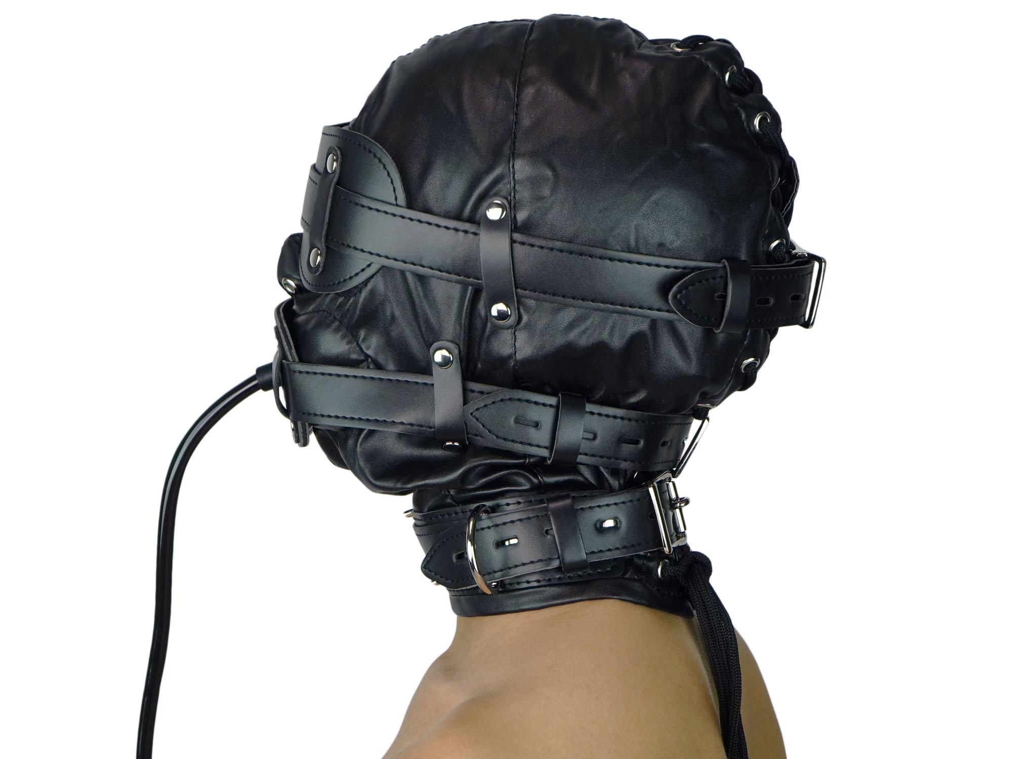 frauen in strapse sm ledermaske